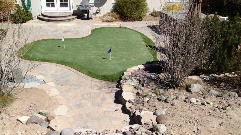 Residential Putting Green – Reno, NV