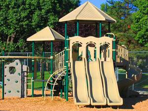 Lakeview Apts Reno Playground