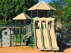 Lakeview Apts Reno Playground